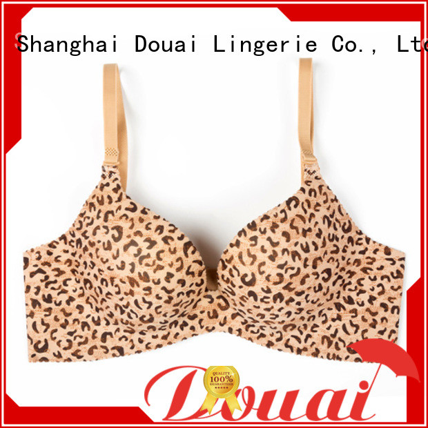 simple seamless push up bra design for madam