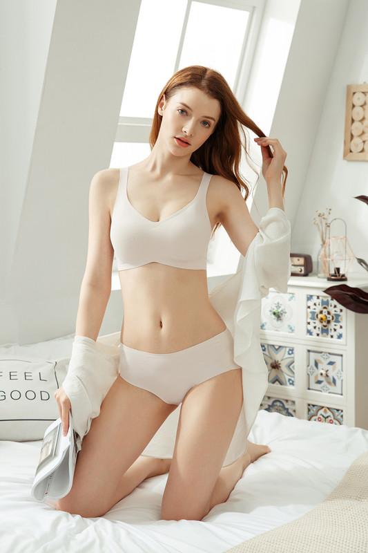 Wholesale high quality brassires women underwear stocklot for Malaysia Thailand Vietnam